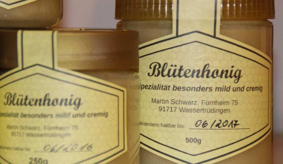 Hofladen_Bluetenhonig_Imkerei_Schwarz.jpg